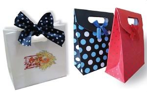 in túi giấy đựng quà tặng đẹp giá rẻ
